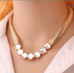 2016 European And American Big-name Fashion Punk Metal Chain Flash Rough Crystal Necklace Wholesale Women