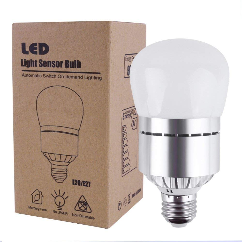 Dusk to Dawn Light Bulb, Ausaye E26 Led Bulb 12W Outdoor Light Bulbs100 Watt Equivalent Indoor Dusk to Dawn led Outdoor Lighting Lamp for Porch,Hallway,Patio,Garage Cool White
