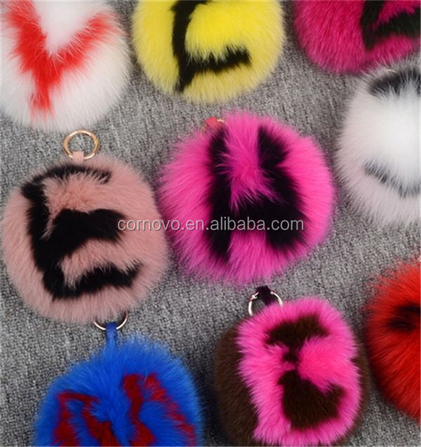 Best price large fox fur poms factory