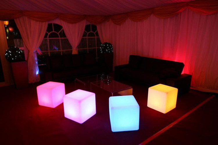Italian style flashing RGB LED plastic cube with 16 colors changing