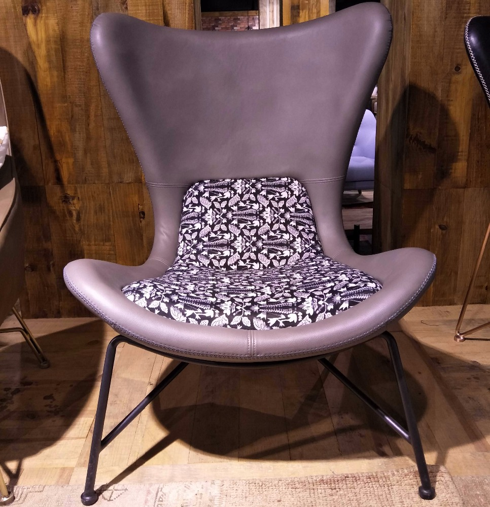 Living room furniture hairdressing chair pu leather replica gubi beetle chair metal base acapulco chair