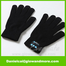 New style hot selling high quality OEM warmer Bluetooth gloves
