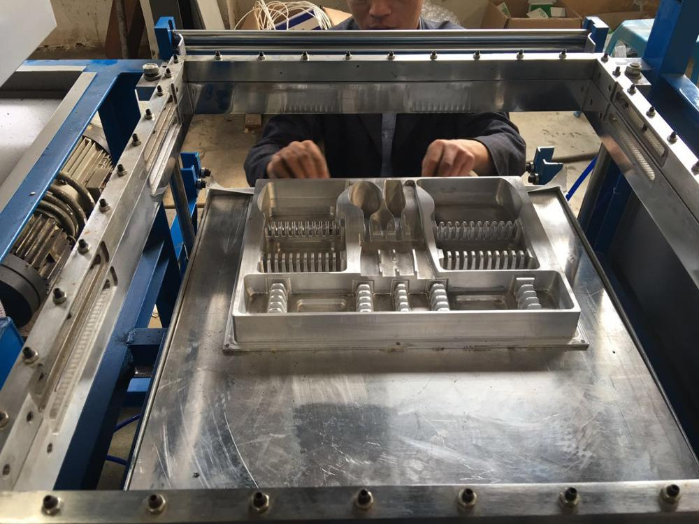 Cutlery tray thermoforming machine Jiangsu professional manufacturer of plastic thermoforming machine