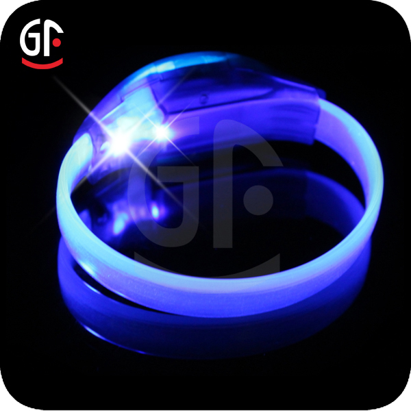 Giveaways For Sport Event CE RoHS Blue Design/Led Wristbands