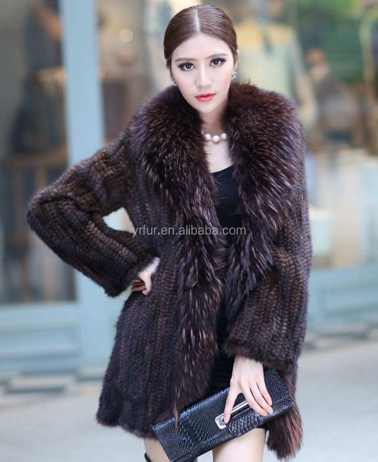 c71e2bb89 Yr712 Hot Sale Luxury Women Hand Knit Real Mink Tail Fur Coat With Raccoon  Collar - Buy Mink Fur Overcoat,Women Fur Clothing,Natural Fur Garment ...