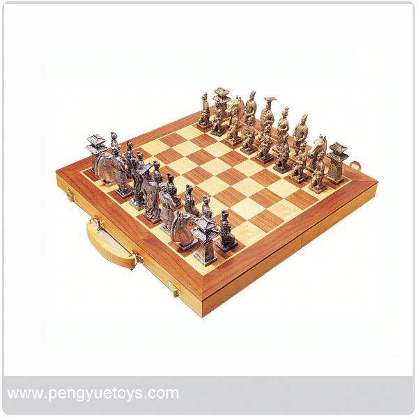 py5041 leather chess board from Eagle Creation Toys