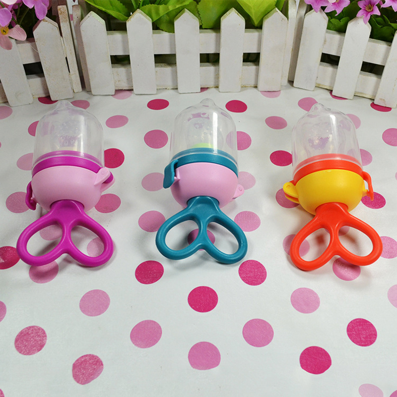 Portable Baby Pacifier Feeding Dummies Soother Nipples Soft Feeding Tool For Boys Girls Fruit Vegetables Pacifier Clips