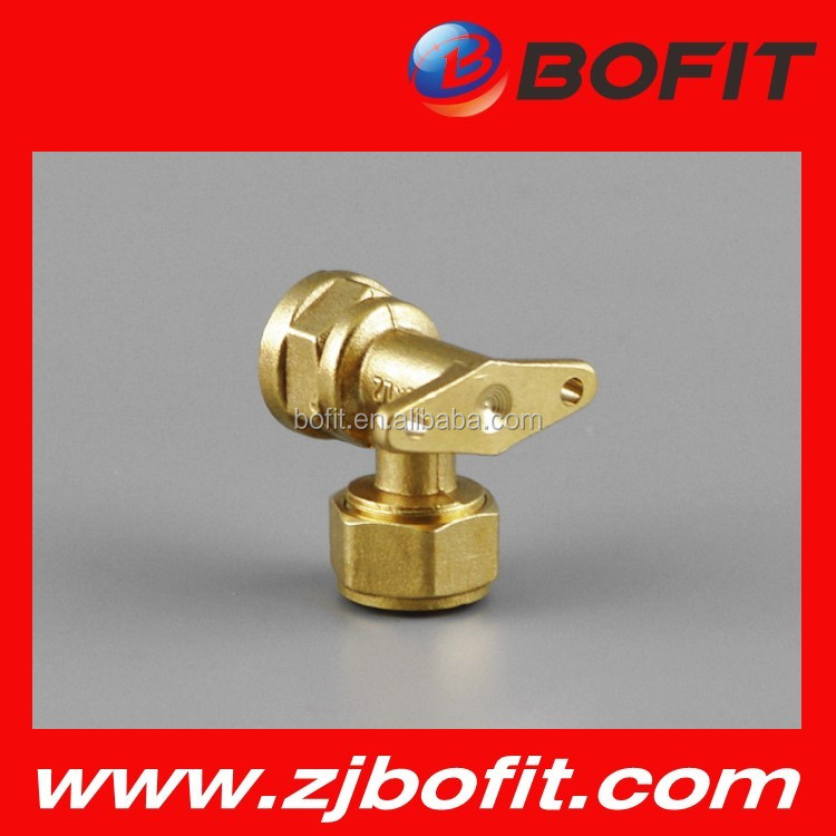 Good quality brass elbow with seat
