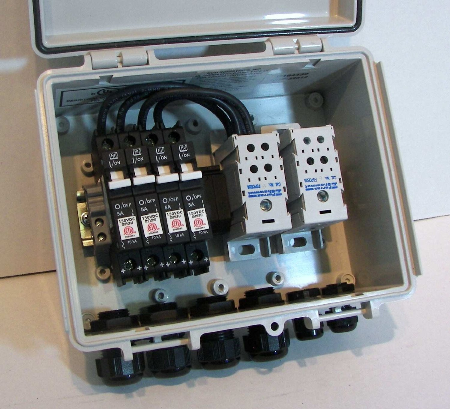 Non Fused Combiner Box Excellent Electrical Wiring Diagram House Pv Library Rh 46 Evitta De Ac Adapter