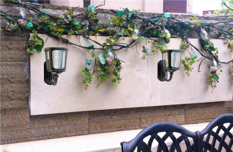 Wall Mounted Security Solar Light With Motion Sensor