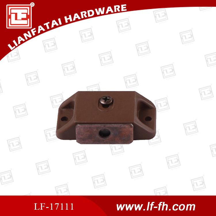 2015 Plastic + iron glass magnetic catch
