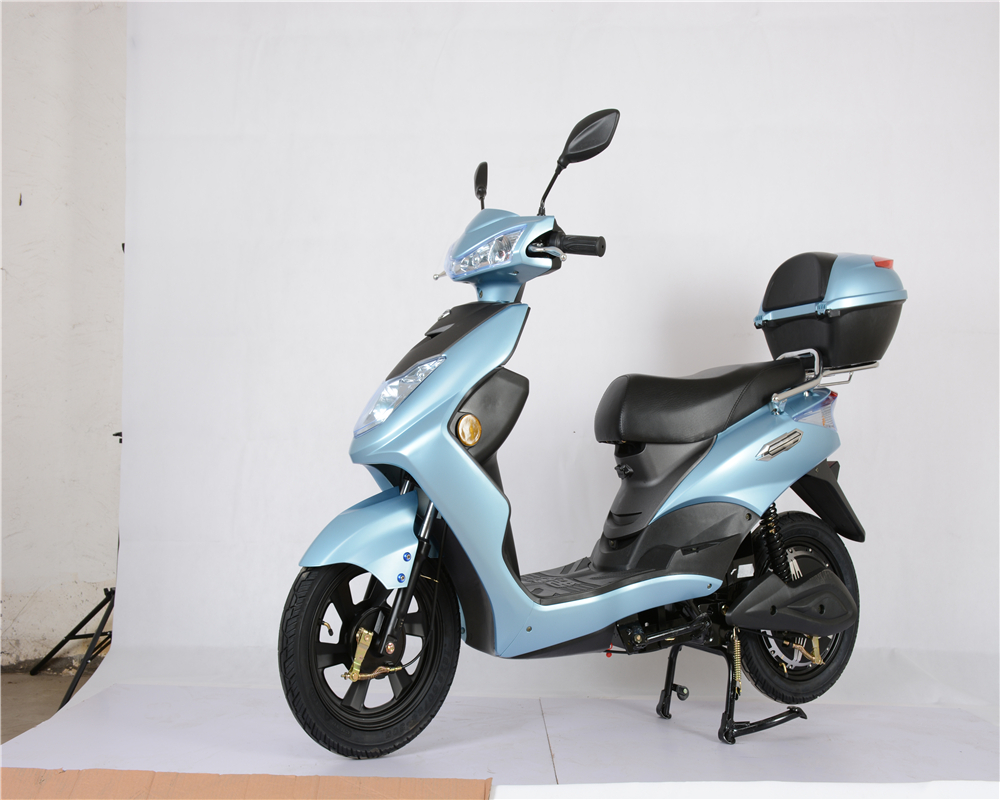 2017 hot sale 48V / 60V 12Ah 400w <strong>electric</strong> scooter