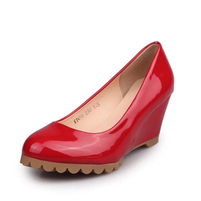 d1ad642803f92 مصادر شركات تصنيع ملابس والاحذية جيلي وملابس والاحذية جيلي في Alibaba.com