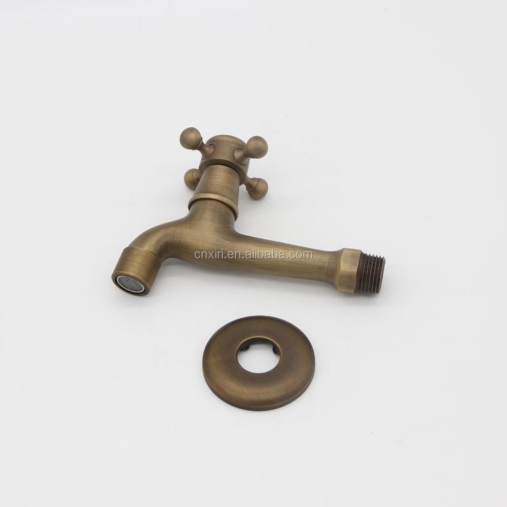 poign e croix antique bronze robinet bibcock machine laver robinet ext rieur pour jardin b8009. Black Bedroom Furniture Sets. Home Design Ideas