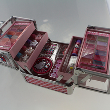TRAIN CASE GIRLS COSMETIC SET