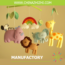 2017 new style high quality animal zoo felt baby mobile for baby crib