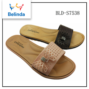 Chinese manufacturer low price wholesale ladies medicated slippers
