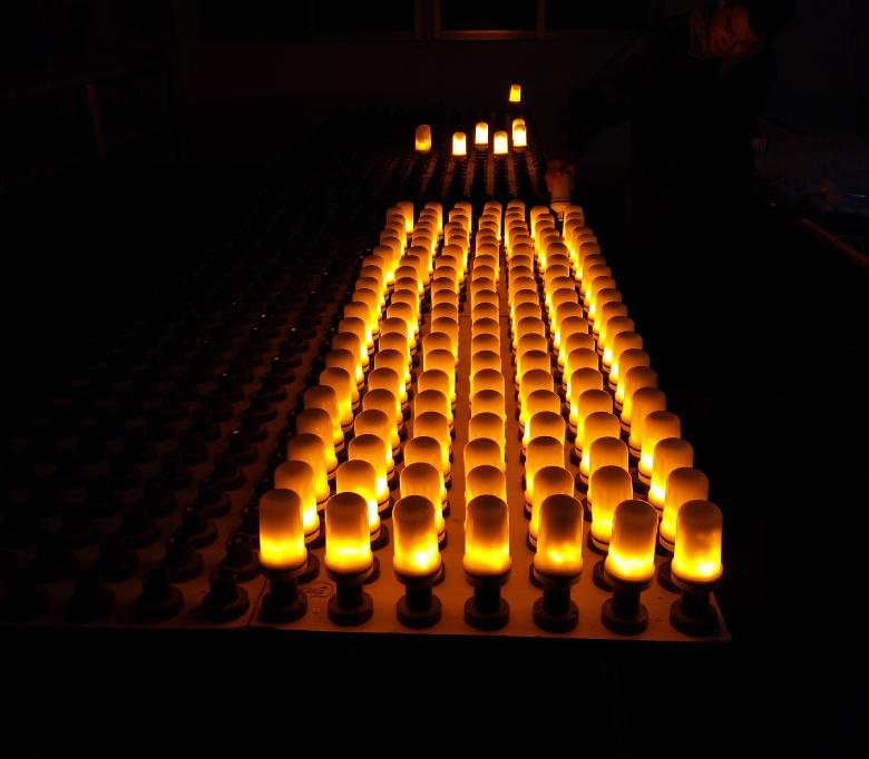 Creative Flickering Emulation Decorative burning fake fire 3W/5W/7W flame led flame bulb