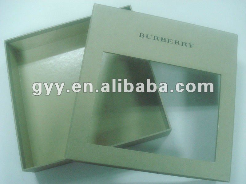 Cosmetic set packing box with PVC window
