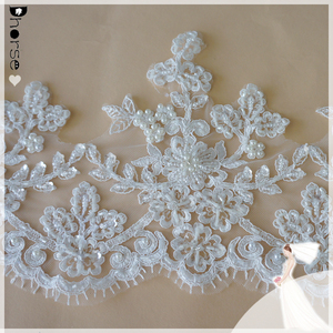 2017 top quality wedding dress beaded lace flower pattern eyelash border lace for wedding dress