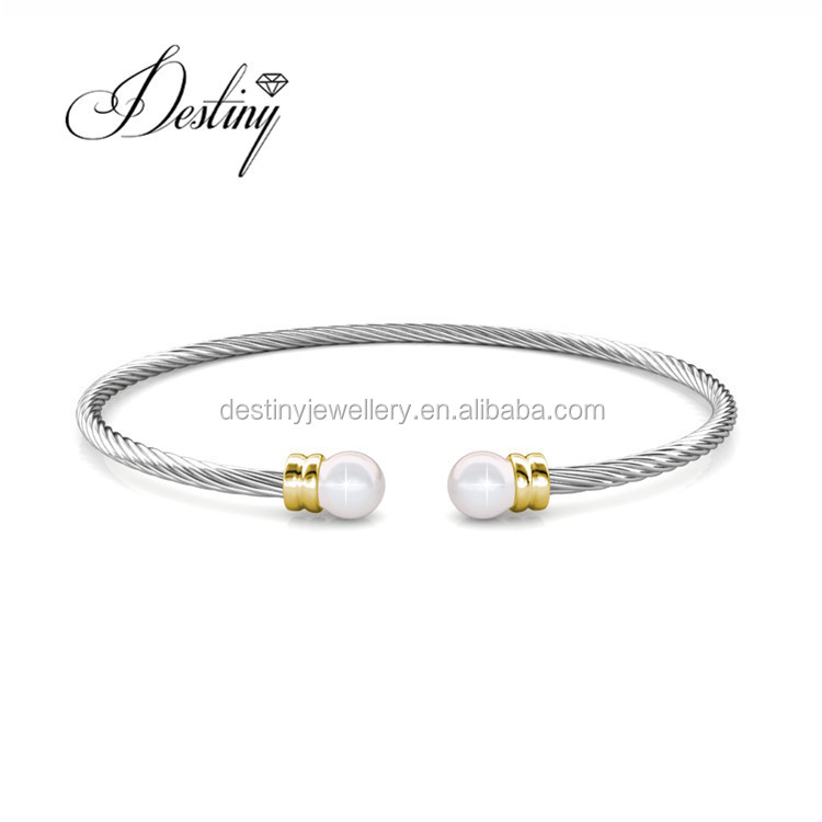 The best gift to women,pearl bangles