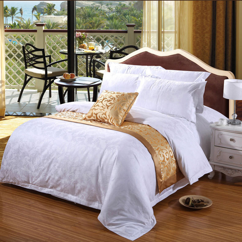 Super luxury 4 star 100%cotton 300tc jacquard damask hotel bedding set