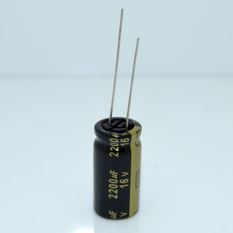 20pcs Panasonic FM Series 680uF//16V ultra low internal resistance capacitor