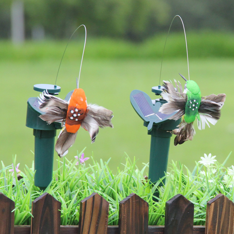 Solar Powered Flying Fluttering Dancing Humming Birds Outdoor Garden Yard Decor