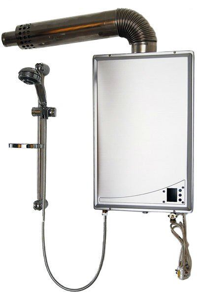 Balanced gas water heater with S/S body