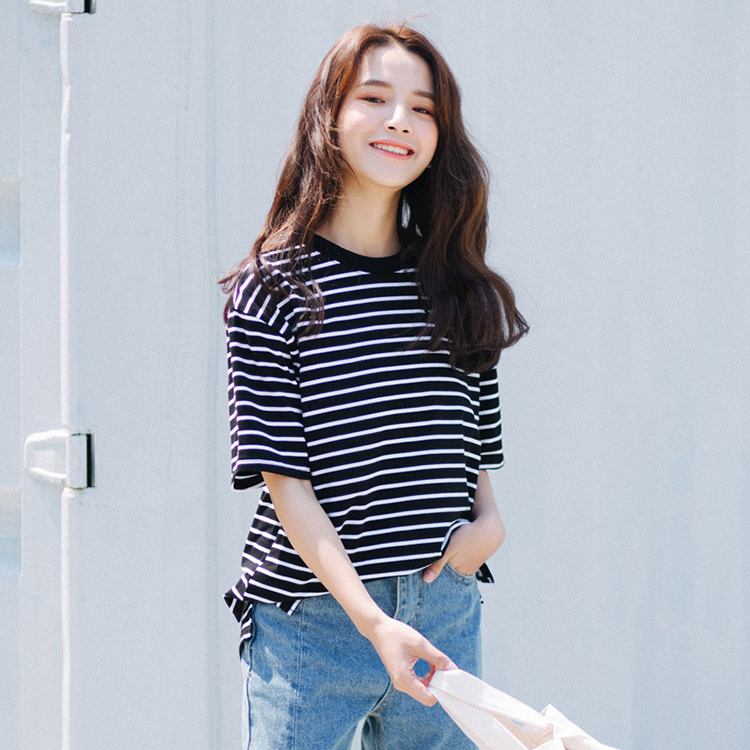 Classic 95%cotton 5%spandex round neck short sleeves pinstripe women t shirt
