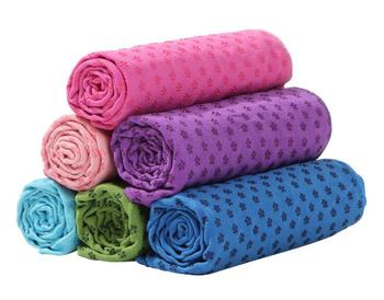 Absorbent purple microfiber yoga towel with Anti-slip silicone dots