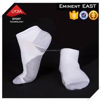 Wholesale custom technical plain knitting lycra silver cotton blend yarn men sport socks