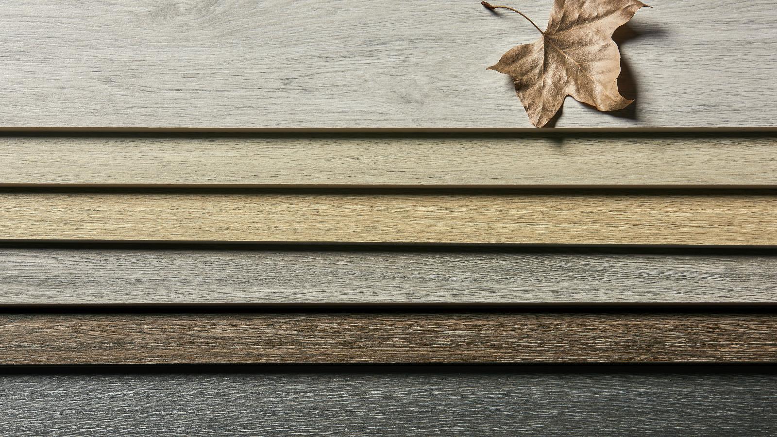 Efecto de madera baldosa que parecen tablones de madera sobre madera