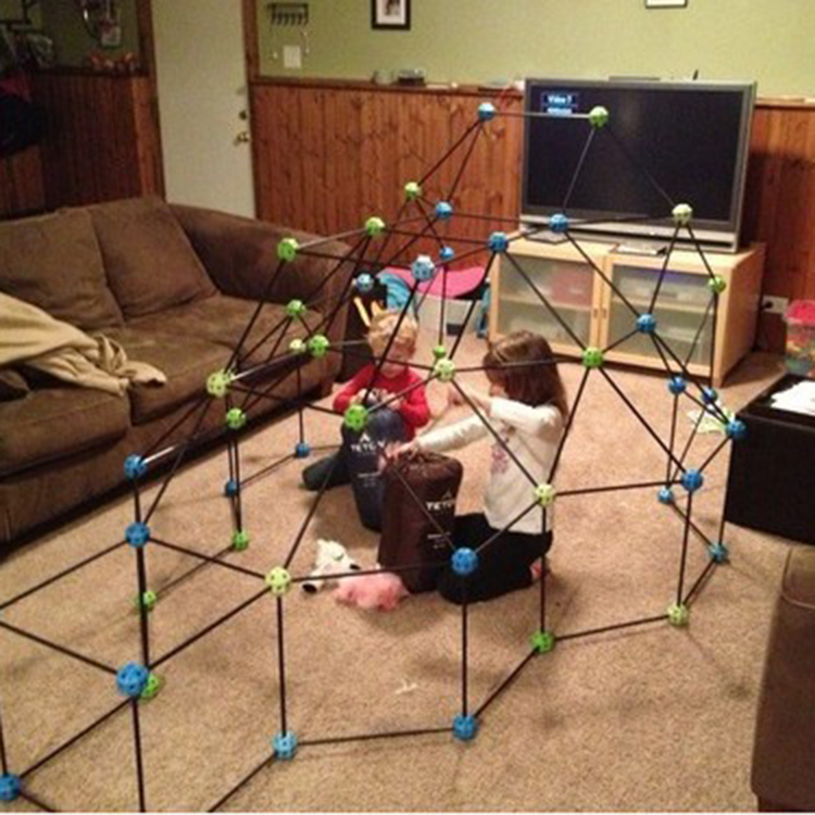 DIY kids construction fort
