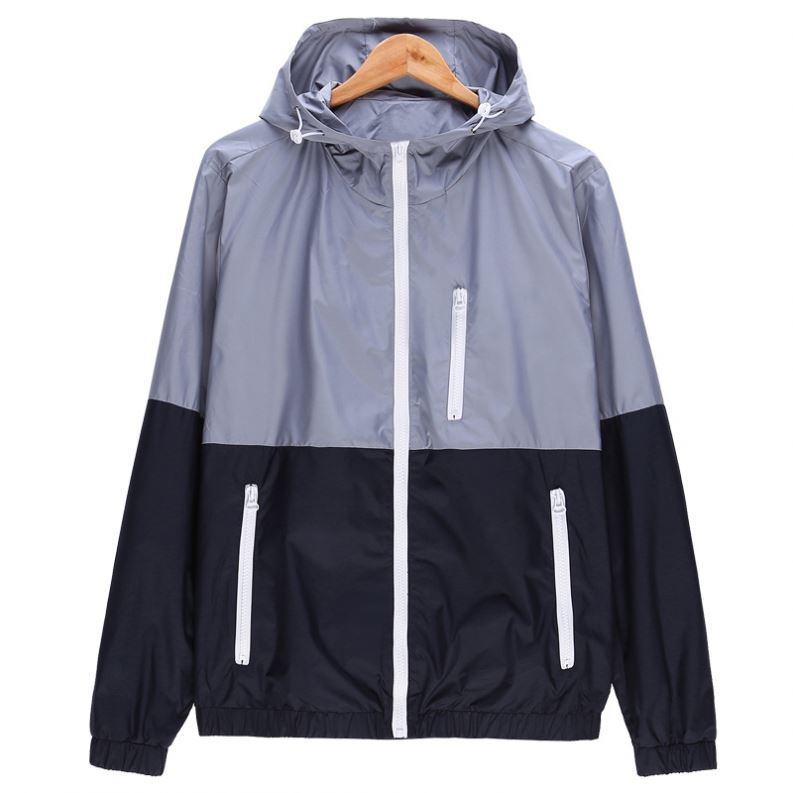 Thin Mens Waterproof Windproof Windbreaker / Light weight Outdoor Seam Taped Jacket for men