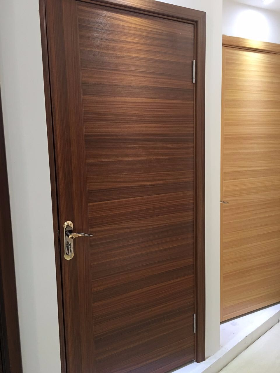 Modern house design wood veneer door skin melamine for Wood veneer interior doors