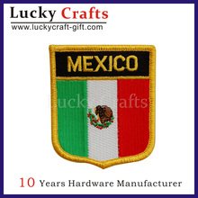 Factory direct sales Custom eagle embroidery patches /Wholesale Embroidered Patch