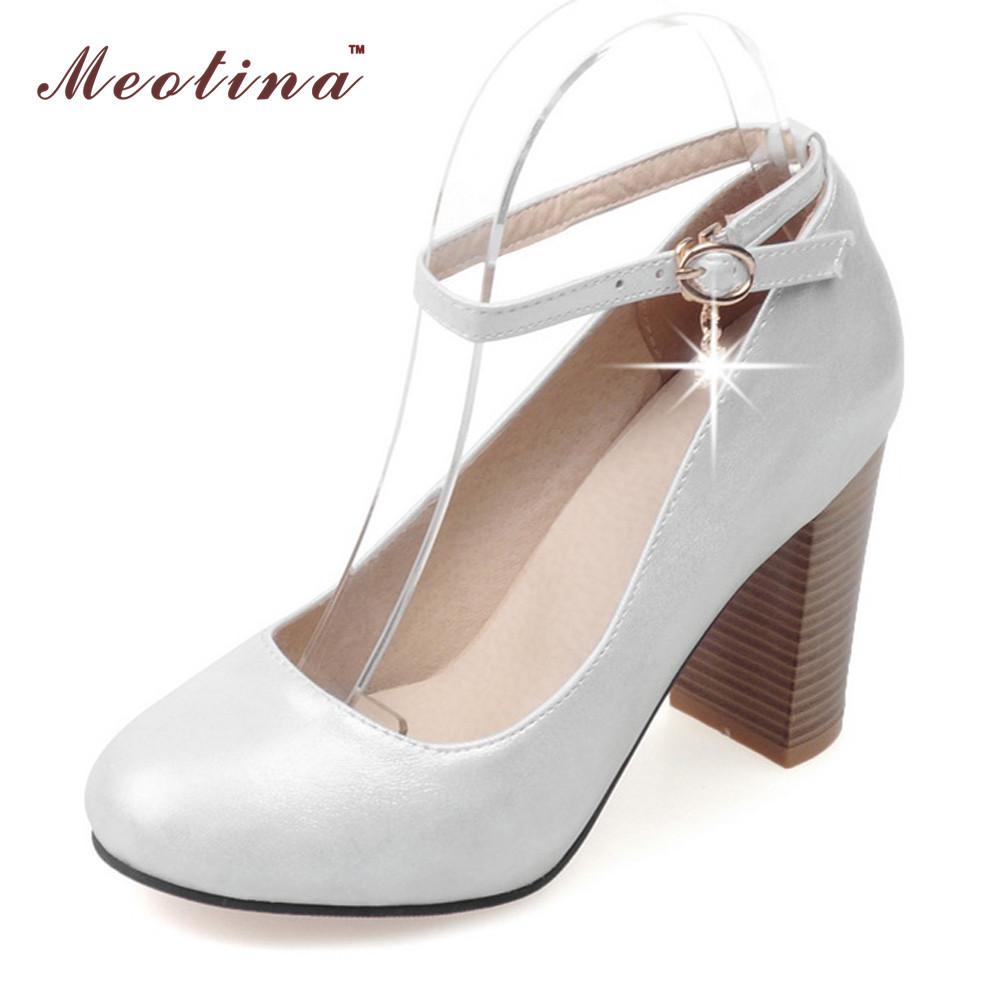 b6e837bac3 red bottom shoes size 9