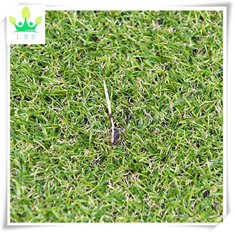 Outdoor Turf Rug in Green Artificial Grass In 6' X 8' And Many Other Sizes Available