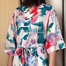 2019 New Design vestido <span class=keywords><strong>de</strong></span> Dama <span class=keywords><strong>de</strong></span> Honra Robe femme Floral Mulheres Sleepwear
