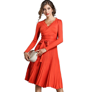 European and American Women Fashion Lace Patchwork Cross V Neck Brand New Pleated A Line Big Hem Belt Waist Knit Dress