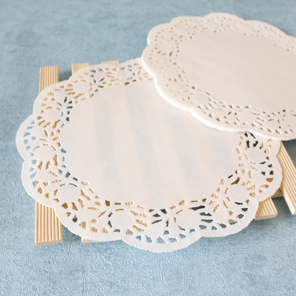 10.5''paper doyles/ paper doilies the manufactory