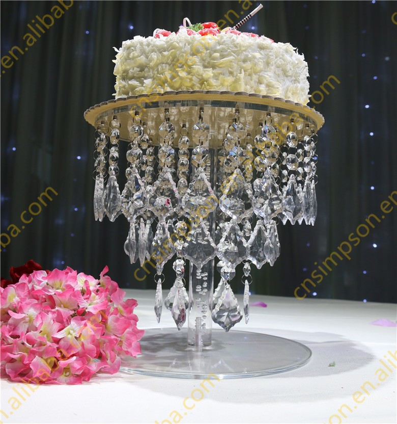 Hanging beads decorative crystal wedding cake stand