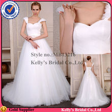 HOt sales in UK market Imported fabric & big ball gown cheap wedding suits