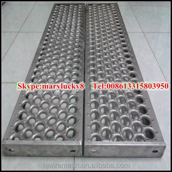 Antideslizante suelo perforado chapa perforada for Chapa antideslizante