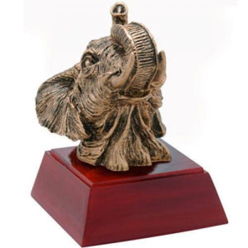 Custom resin animal eagle award