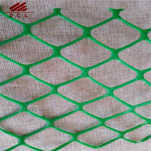 GREEN POLY MESH MOLDED FENCE,1/2in SQ GREEN POLY MESH 40in x 100' 33 LBS