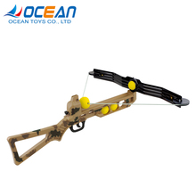 Summer outdoor sport camouflage hunting crossbow and arrow with target and soft ball