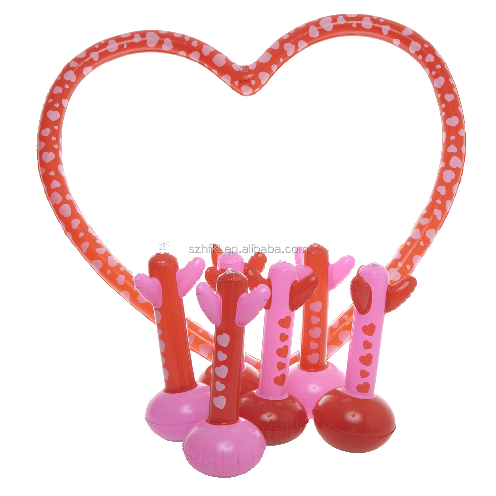 heart shape inflatable toss game for Valentine Day