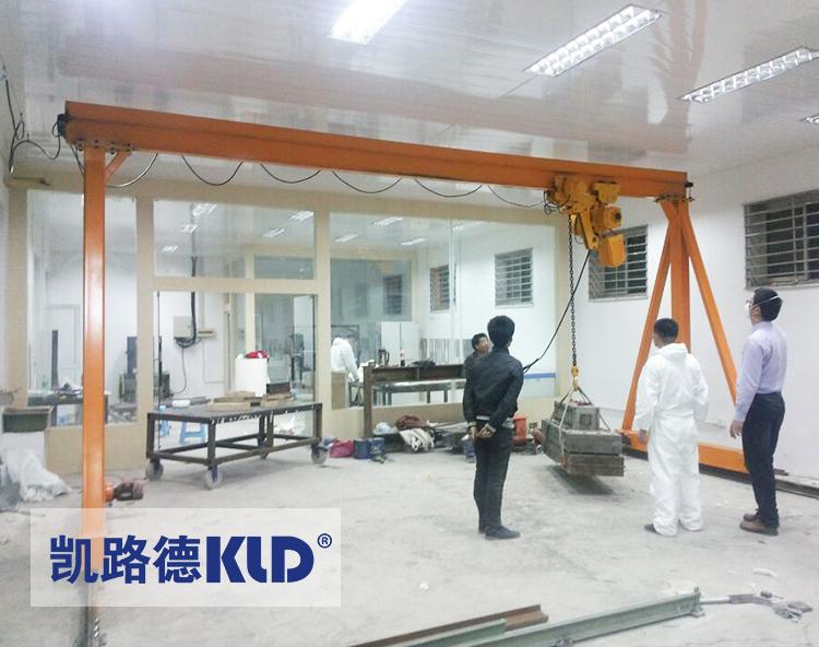 Çin'de yapılan 1 2 3 ton alüminyum portal deniz vinç portal vinç / 500kg 1000kg 1500kg 2500kg deniz vinç portal